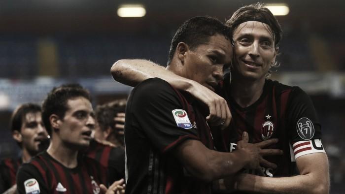 Bacca sai do banco e marca único da vitória do Milan contra Sampdoria