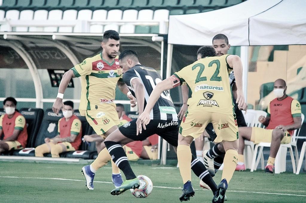 Sampaio Corrêa se recupera, vira contra Figueirense e reassume vice-liderança da Série B