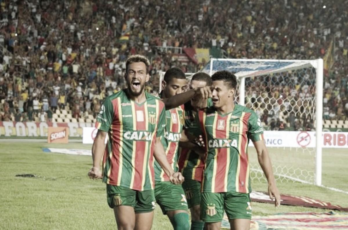 Sampaio Corrêa bate Bahia e abre vantagem para jogo da volta na final da Copa do Nordeste