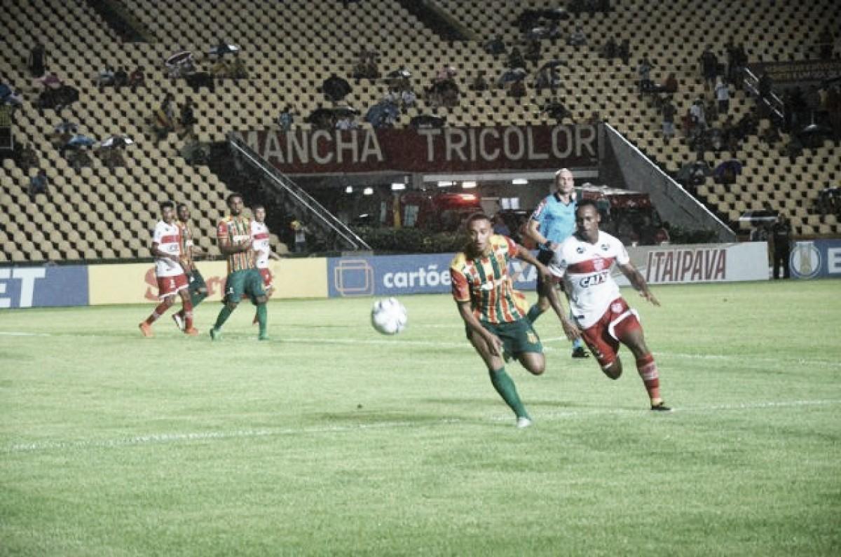CRB supera Sampaio Corrêa em fim de jogo intenso e conquista primeira vitória como visitante