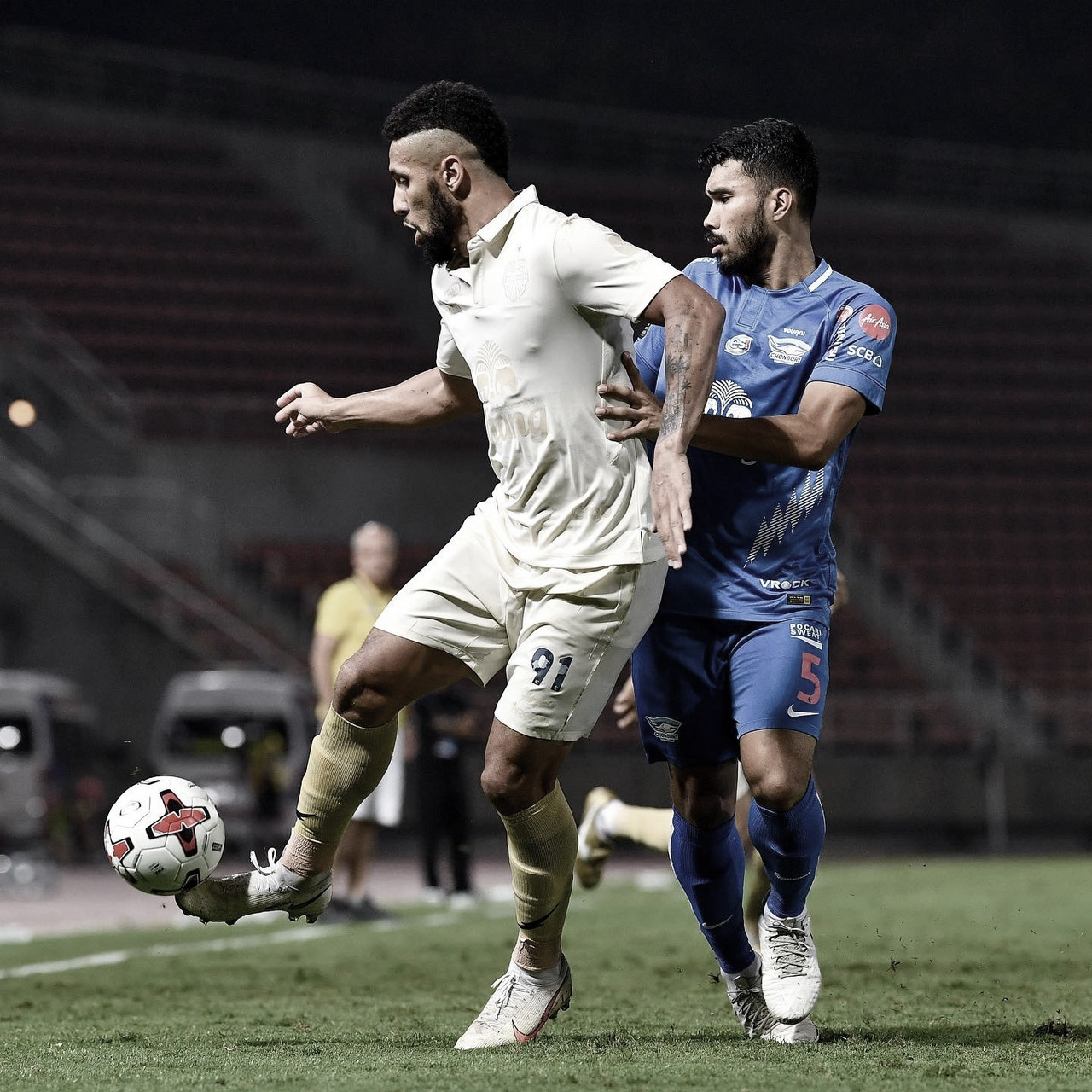 Samuel renova contrato e projeta novo ano de sucesso com Buriram United