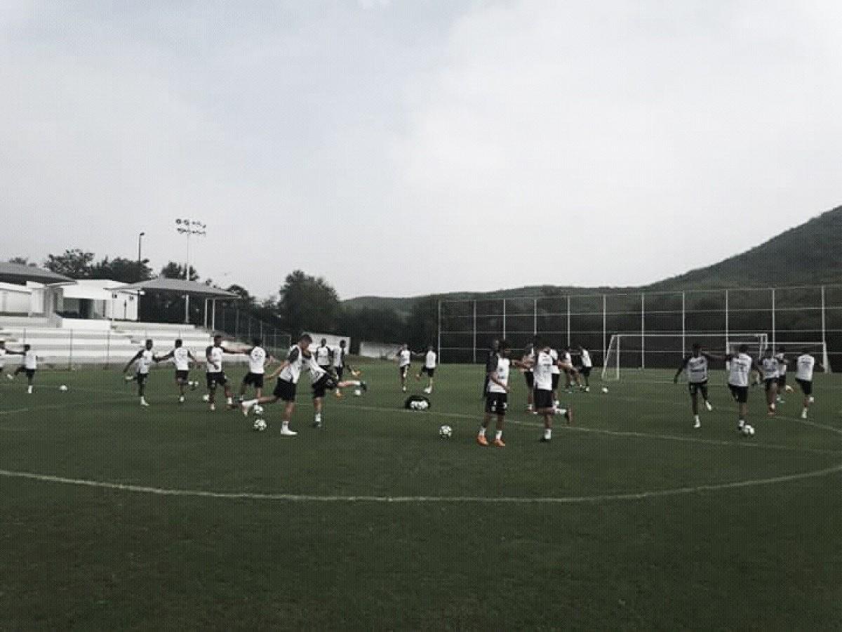 Santos enfenta Querétaro em último amistoso no México