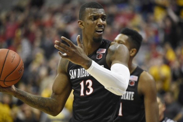 San Diego State Holds Off Long Beach State To Get Big Away Win