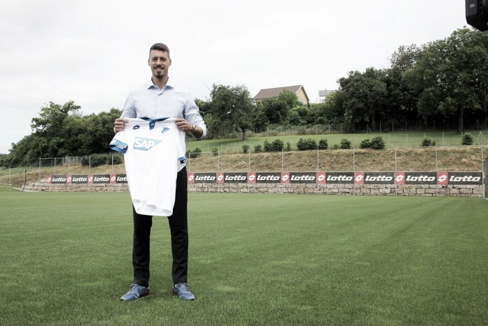 Destaque do Darmstadt na última temporada, atacante Sandro Wagner assina com o Hoffenheim