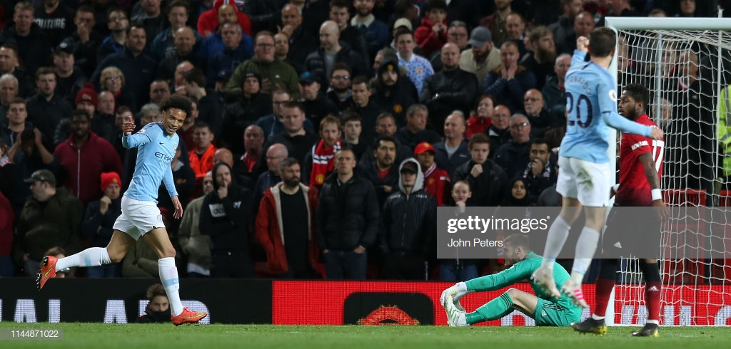 Manchester United 0-2 Manchester City: Clinical City return to the helm