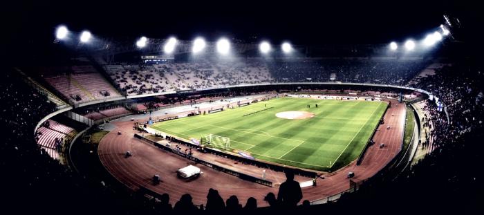 Il Napoli, la Juve e la carica dei 100.000