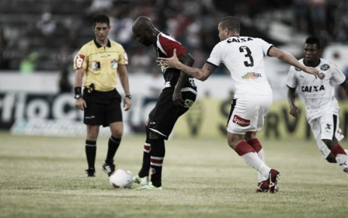 Embalado Santa Cruz faz clássico nordestino com Vitória na estreia do Brasileirão