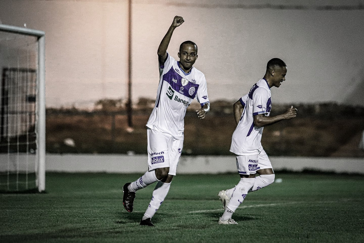 Willians Santana projeta evolução do Confiança para equipe subir na tabela da Série B