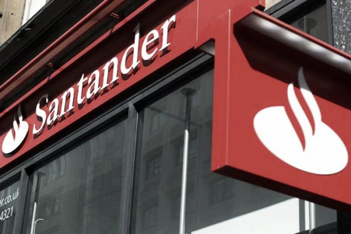 Santander decide reducir su plantilla y cerrar oficinas en for Oficina santander madrid