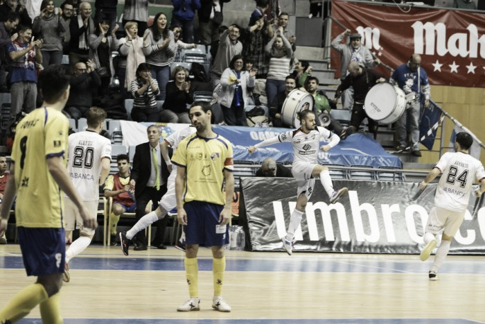 Santiago Futsal se lleva el duelo de la necesidad con solvencia