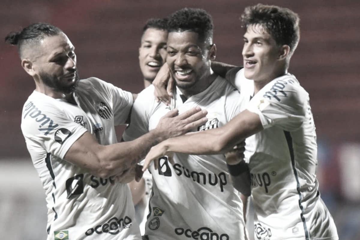 Análise: O que falta para Marinho voltar a decidir jogos para o Santos?