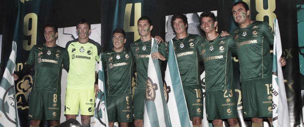 Presenta Santos Laguna a sus nuevos Guerreros y tercera armadura