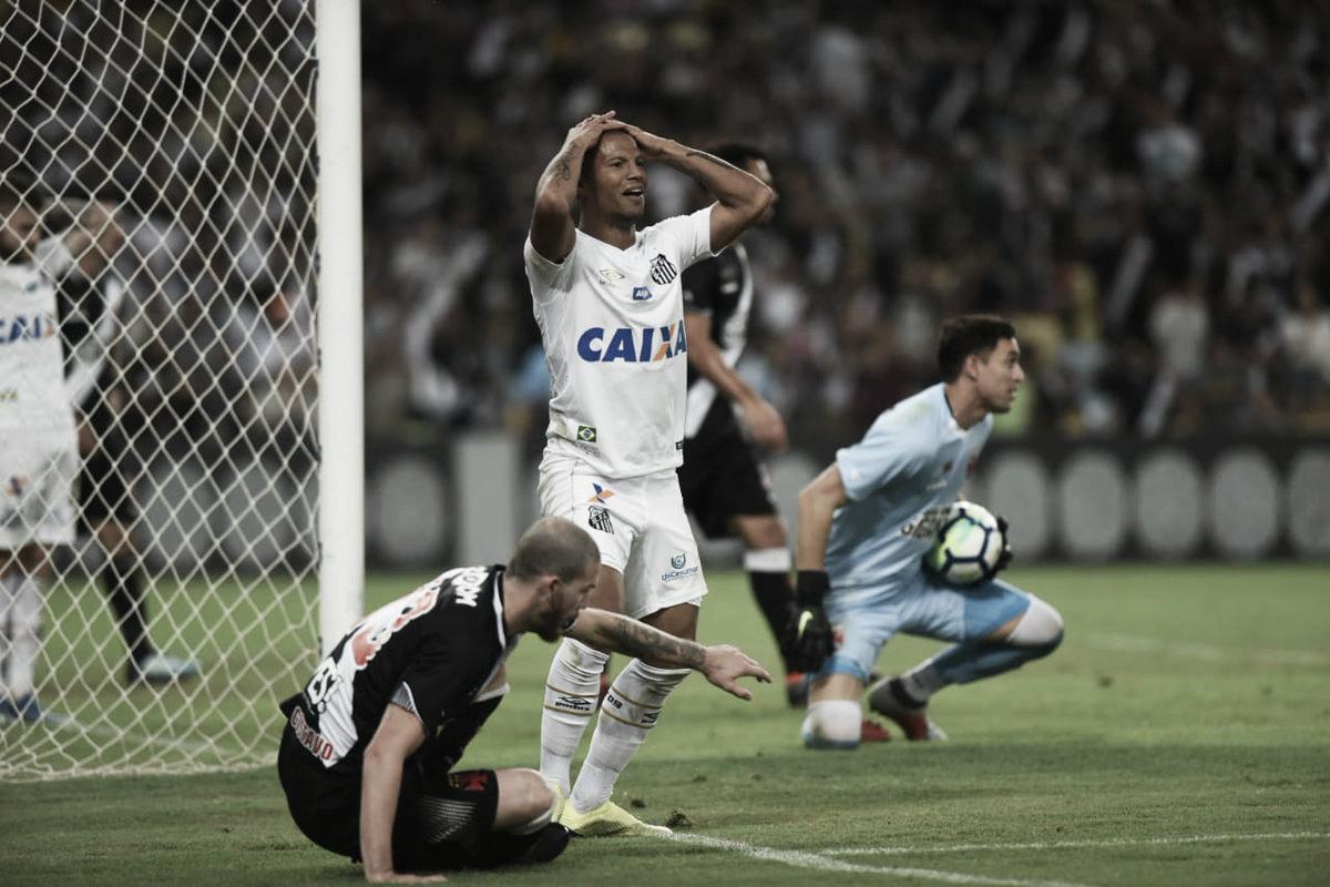 f939376ff Santos enfrenta Vasco no Pacaembu em busca de continuar boa sequência no  Brasileirão
