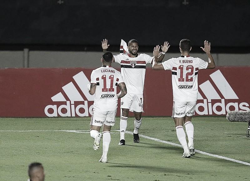 Gols e melhores momentos de São Paulo 2 x 0 Santo André