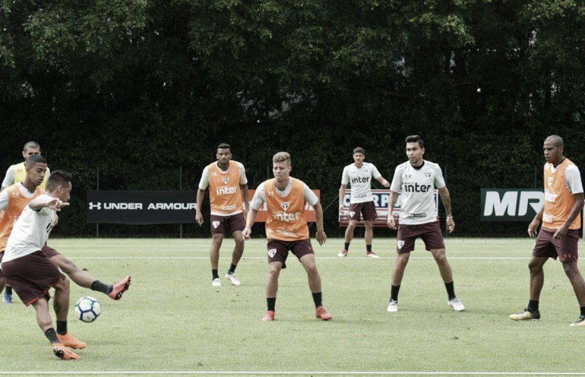 Focado no Atlético Paranaense, São Paulo segue rotina de treinos no CT da Barra Funda