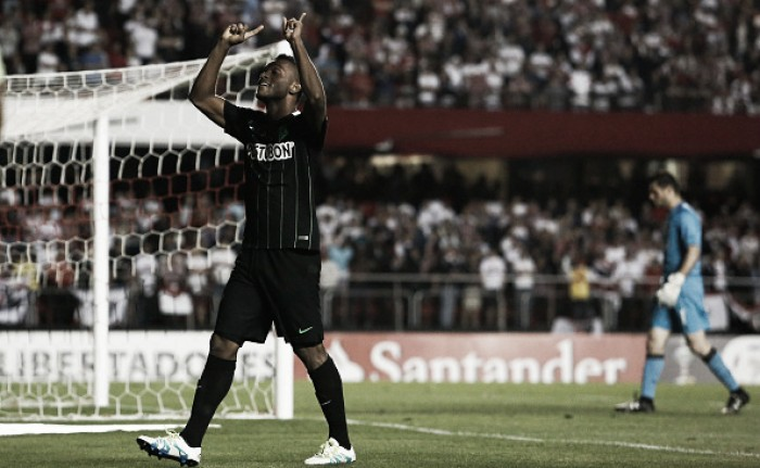 Maicon é expulso, Atlético Nacional supera São Paulo com bom futebol e fica perto da final