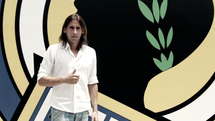 El Mérida se refuerza con 'Checa' y rescinde a Juanlu Hens