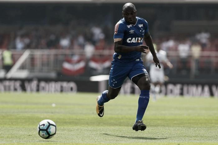 Com retornos de ausentes da Copa do Brasil, Cruzeiro relaciona atletas para duelo contra Santos