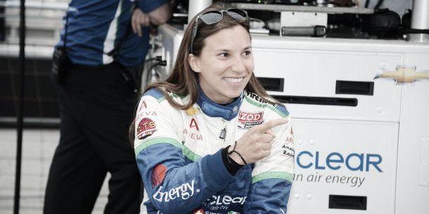 Simona de Silvestro em testes pela Sauber