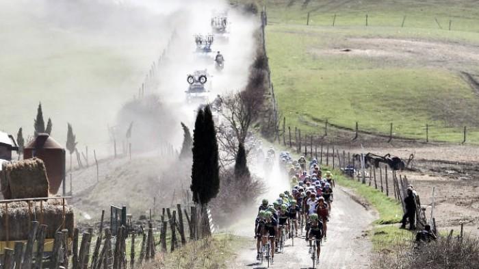 Strade Bianche 2017, anche Aru e Nibali sullo sterrato della Toscana