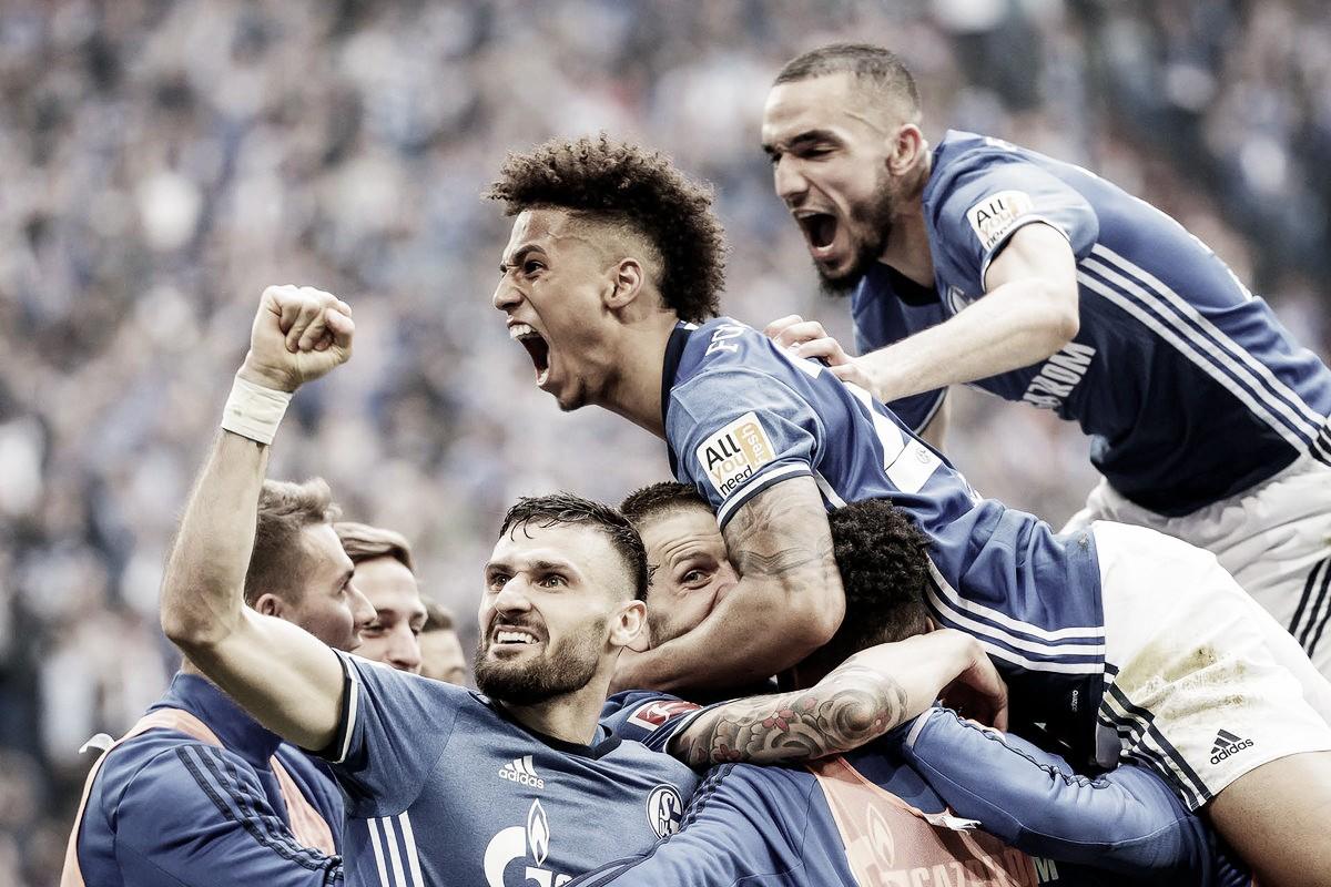 El Schalke 04 se queda con un clásico de doble premio
