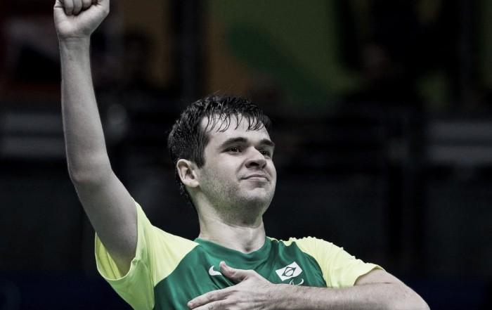 Feito inédito: Israel Stroh é medalha de prata no individual de tênis de mesa paralímpico