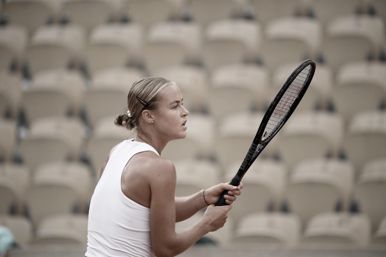 Schmiedlova destrói favoritismo de Azarenka e avança em Roland Garros