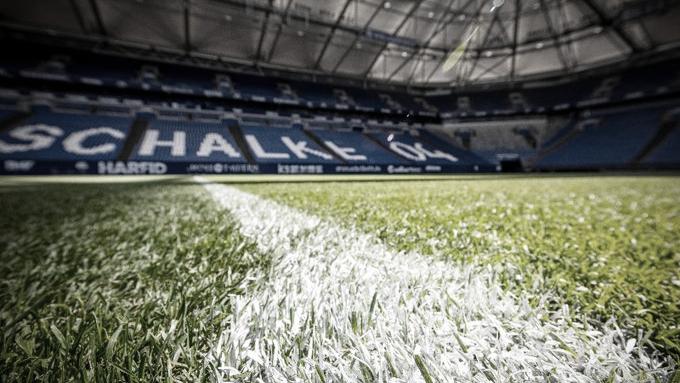 Schalke 04 e Augsburg se encaram em Gelsenkirchen para quebrar jejuns de vitórias