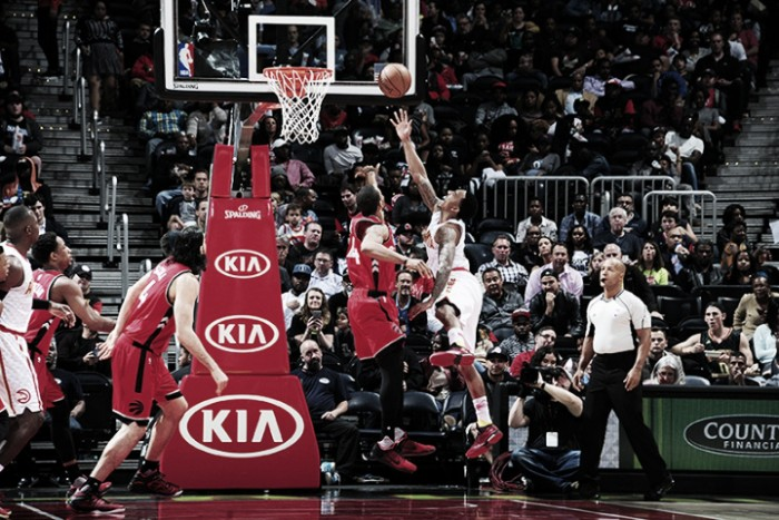 Atlanta sobrevoló a los Raptors