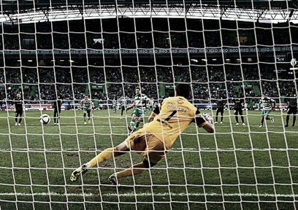 Leões vencem Vitória de Guimarães e estão mais perto do Porto
