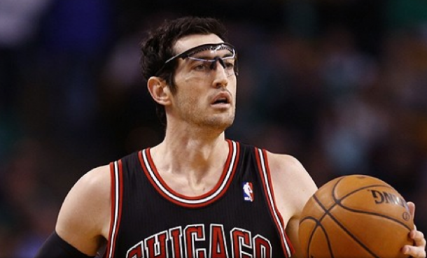 Kirk Hinrich has agreed to a 2 year, $6 million extension with the Chicago Bulls