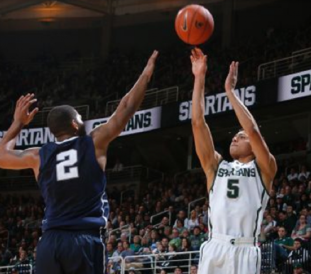 Michigan State Holds On Down the Stretch, Tops Penn State
