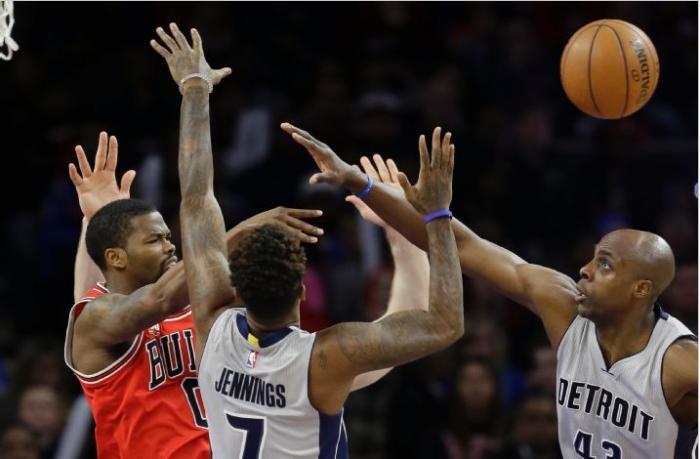 Chicago Bulls Out Last Detroit Pistons 111-101