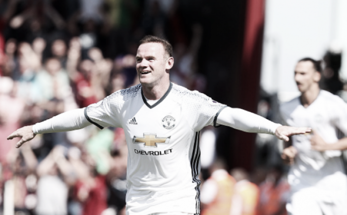 "Paul Parker believes Wayne Rooney is ""overweight and slow"""