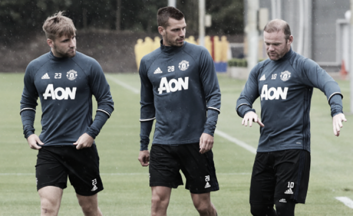 Morgan Schneiderlin should look to Luke Shaw as inspiration