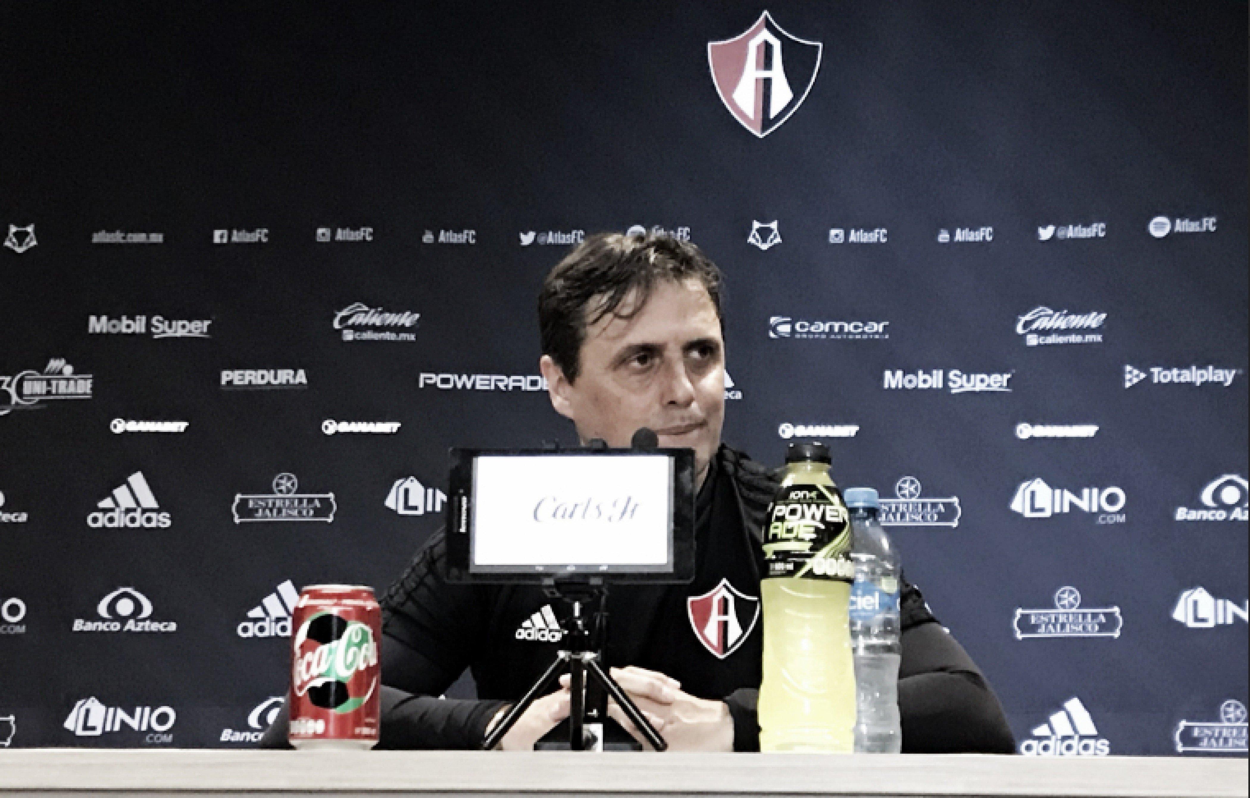 """Guillermo Hoyos: """"Ha habido cosas interesantes del equipo en estos dos partidos"""""""