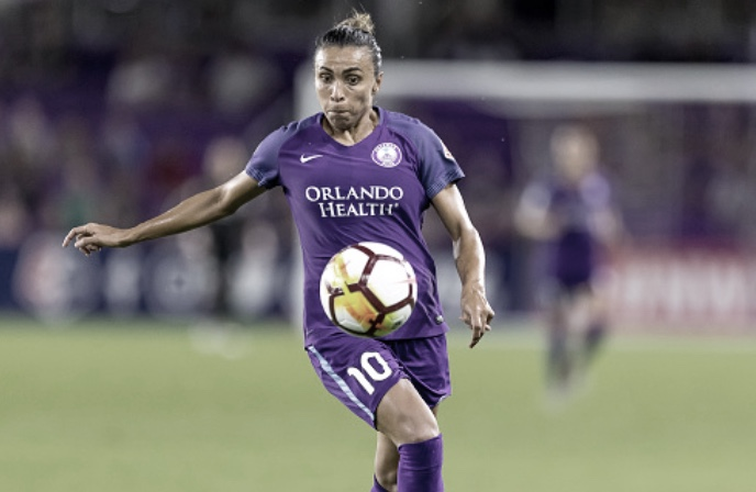 Houston Dash earn hard win 1-0; Orlando Pride Marta, Julie King see red cards
