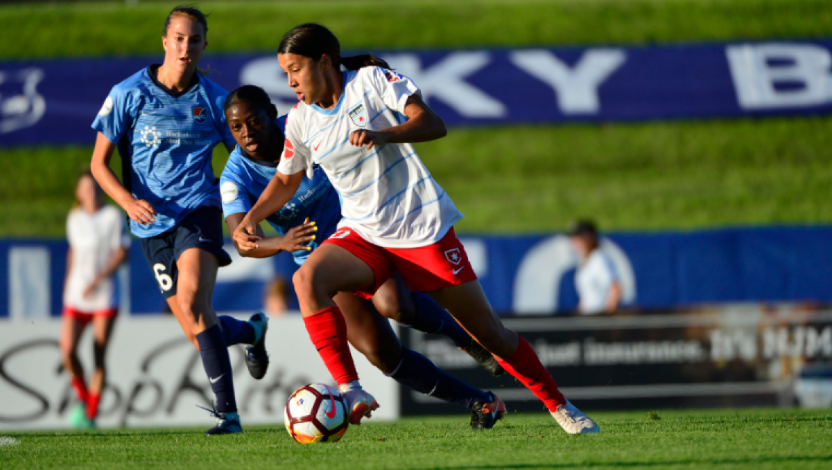 Sam Kerr hat trick takes down Sky Blue FC