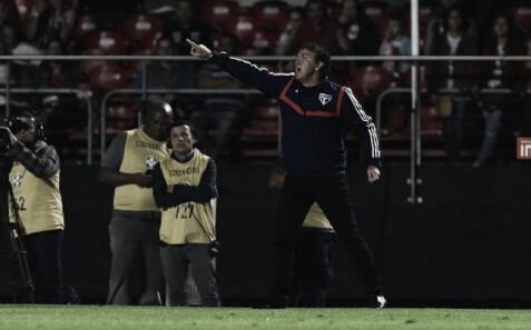"""Cuca lamenta empate no clássico paulista: """"É um pecado a gente não ter ganhado"""""""