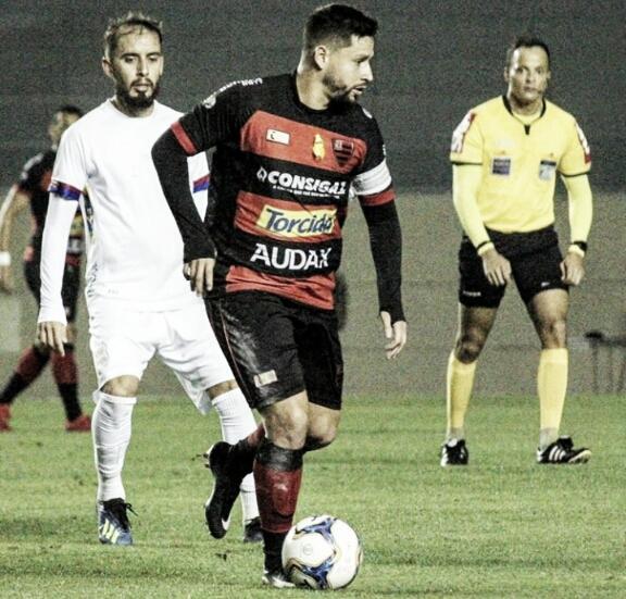Em jogo de poucas chances, Oeste e Paraná empatam na Arena Barueri