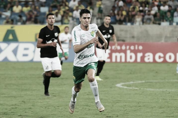 Com gol no último minuto, Cuiabá bate Bragantino pela Segundona