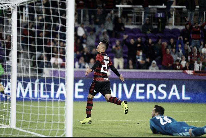 Em noite de Uribe e Diego Alves, Flamengo vence Ajax nos pênaltis