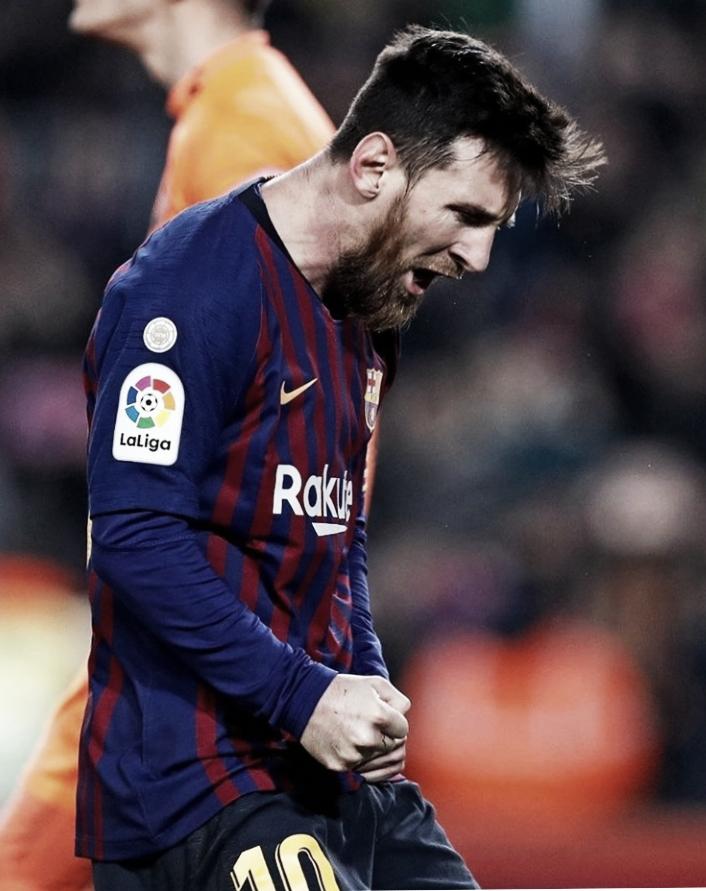 Messi marca de pênalti e Barcelona derrota Valladolid pela La Liga