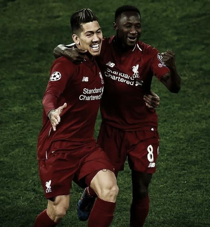 Firmino brilha e Liverpool bate Porto pelas quartas da Champions League