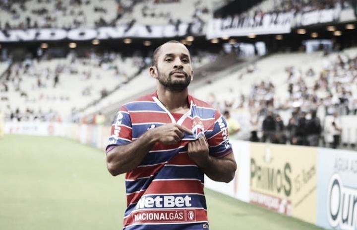 Edinho faz dois, Fortaleza vence Ceará e reverte vantagem da final do Cearense