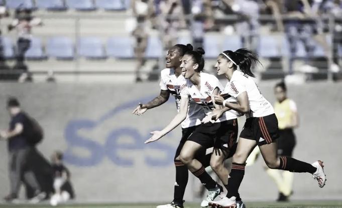 Tendo a vantagem, São Paulo empata com Cruzeiro e conquista título do Brasileiro Feminino A-2