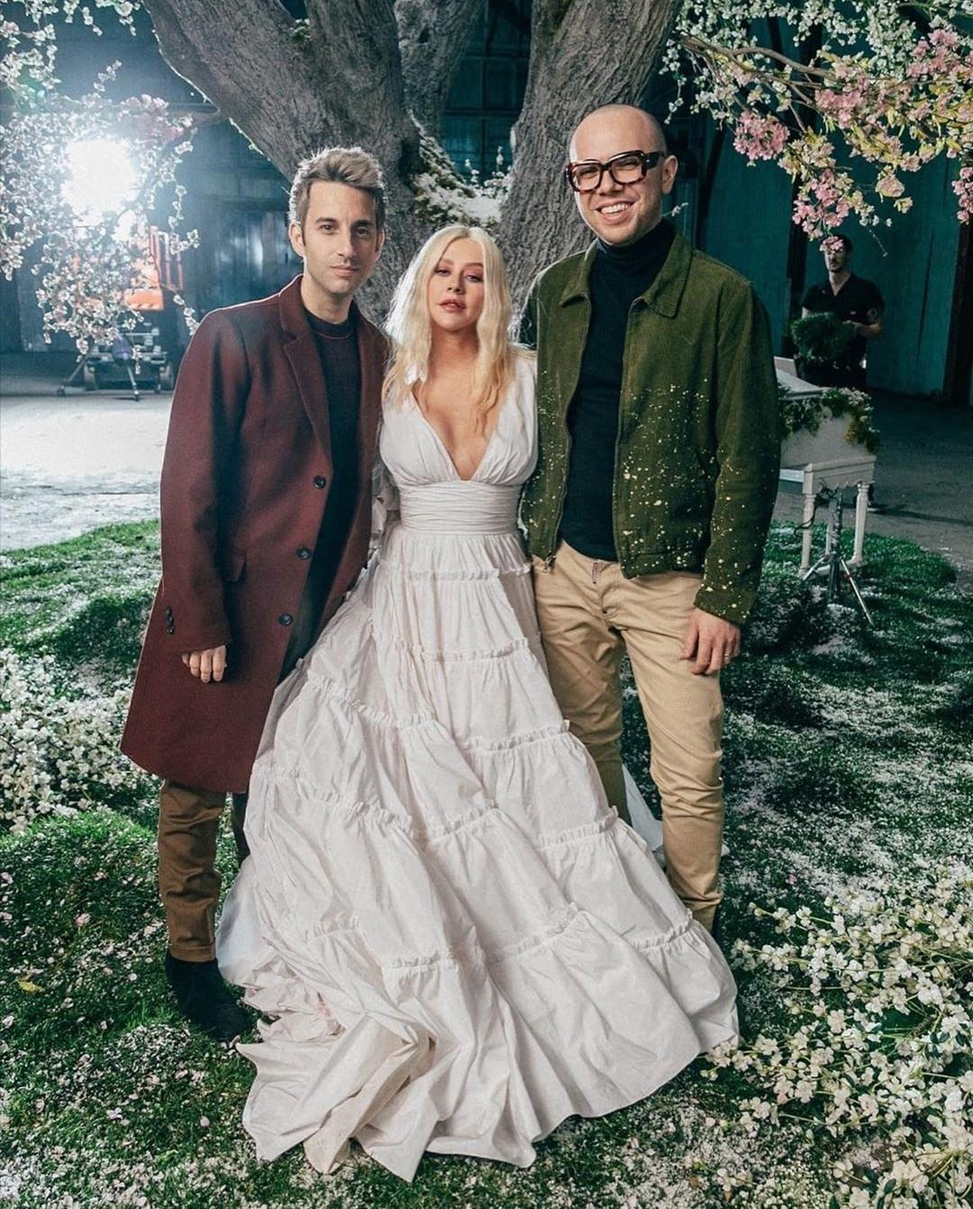 Christina Aguilera y A Great Big World lanza un videoclip para su canción ` Fall On Me´