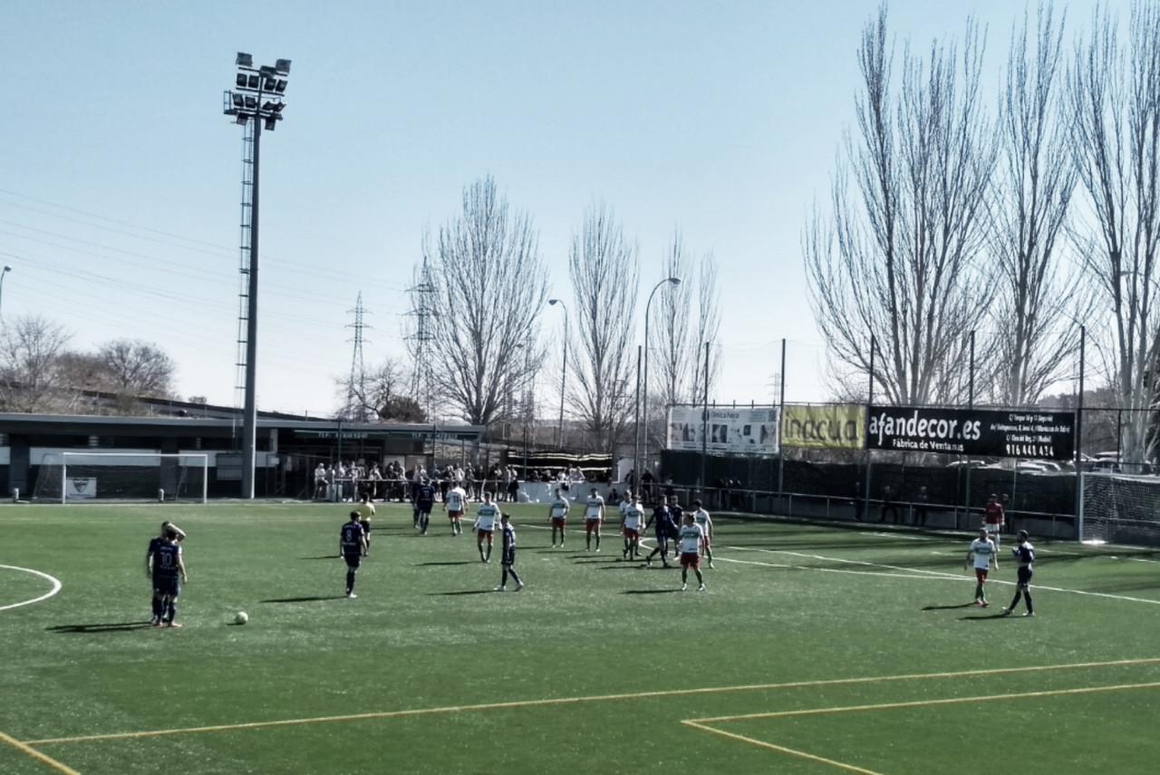 """El CD Móstoles URJC remonta en La Canaleja """"un duelo de altura"""""""