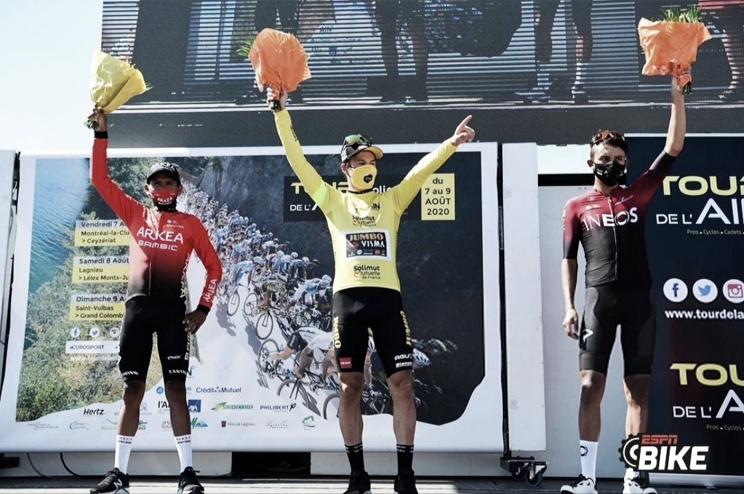 Egan Bernal y Nairo Quintana, en el podio del Tour de L'Ain