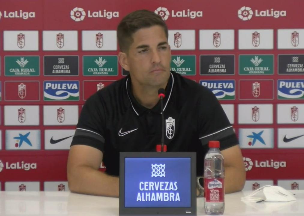 """Robert Moreno: """"Queremos que todos los rivales se sientan incómodos contra nosotros"""""""